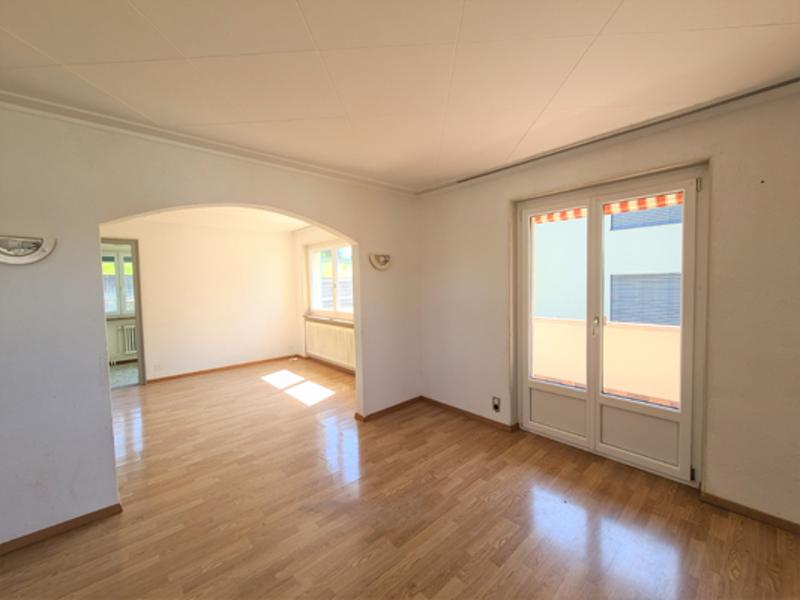 Jolie et grande maison familiale vendue à un prix intéressant de 8,5 pièces (2)