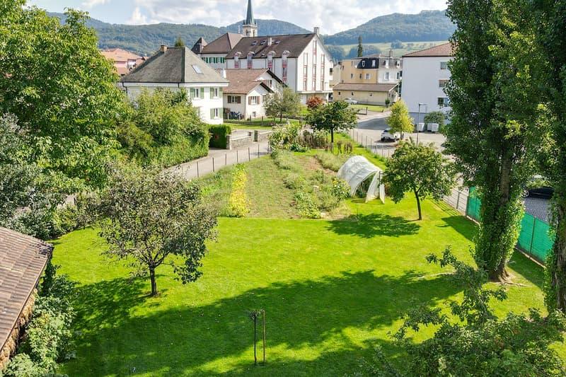 Terrain à bâtir au centre de Courgenay (1)