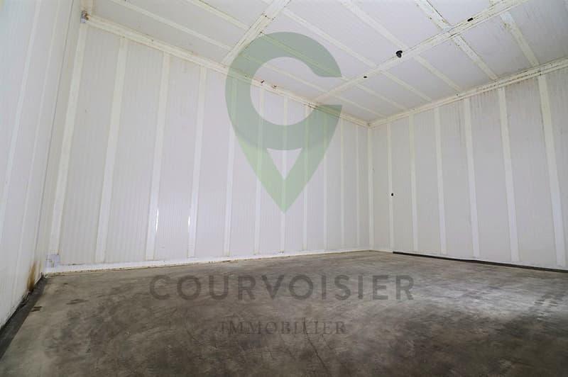 Dépôt-local de stockage et/ou d'hivernage 100% sécurisé et accessible (1)