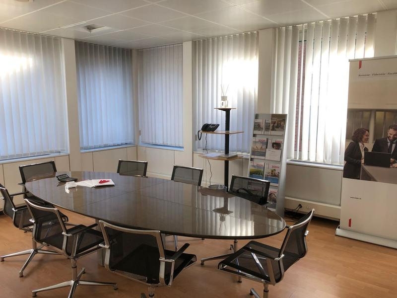 Uffici frazionabili vis-a-via l'autosilo di Lugano (2)
