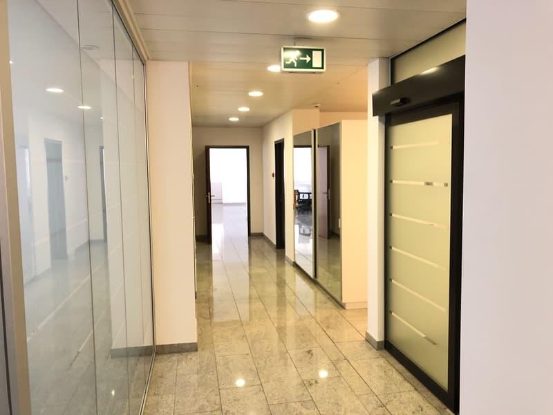 Ufficio moderno in centro a Lugano (3)