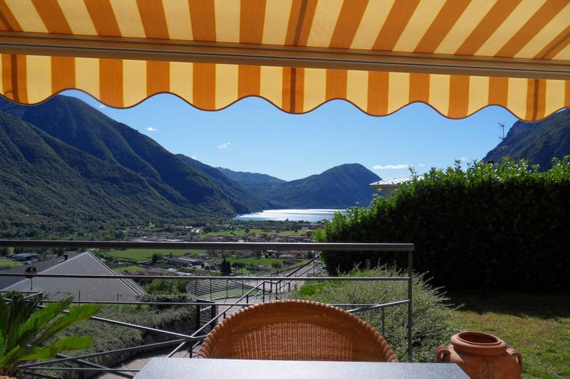 neuwertige VILLA mit POOL am LUGANER SEE / Italien (1)