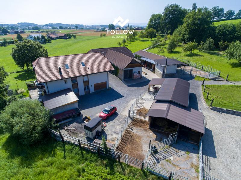 Pferdesportanlage mit Mehrfamilienhaus (1)