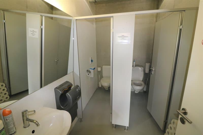 Moderne WC-Anlagen