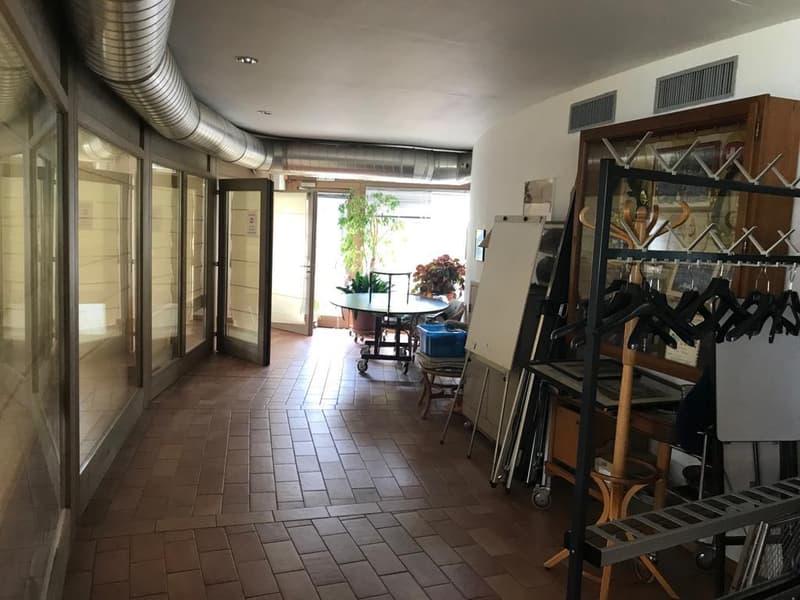 Unique à vendre restaurant (8)