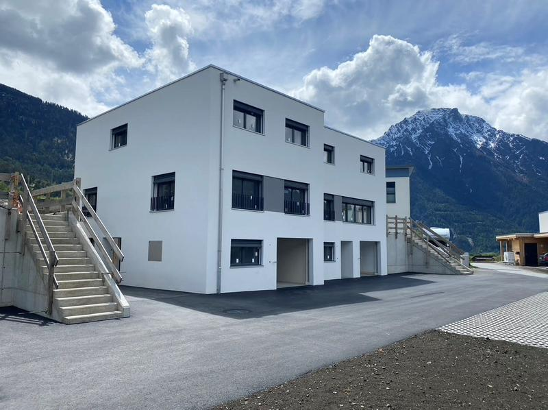 Eigenständiges Doppel-Einfamilienhaus an sensationeller Lage (1)
