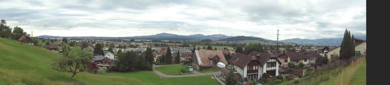 Traumhafte Baulandparzelle über dem Zürichsee (1)