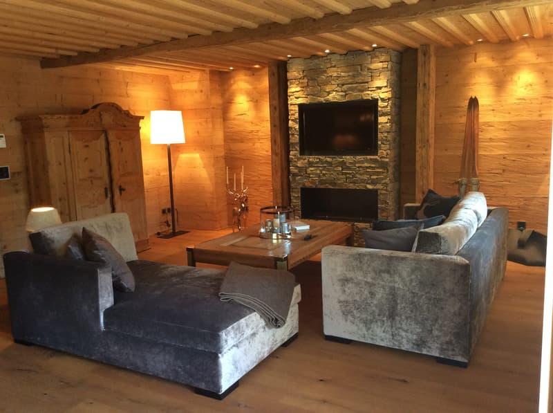 Alpine Chic in Klosters: Zweitwohnsitz Bijou mit Hotelanschluss (2)