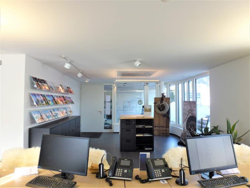 Büro-/Ladenfläche mit Parkplätzen in Flims-Waldhaus (2)