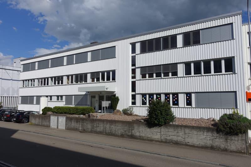 155 m2 und/oder 70 m2 Bürofläche mit Küche in Dietlikon (1)