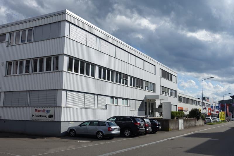 155 m2 und/oder 70 m2 Bürofläche mit Küche in Dietlikon (2)