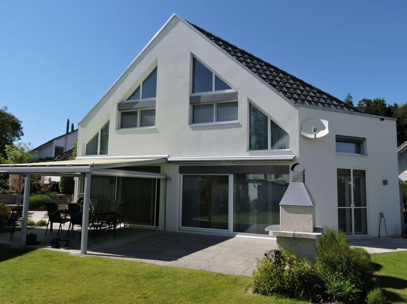 Modernes 5 1/2 bis 6 1/2 Einfamilienhaus in Obfelden-Bickwil (1)