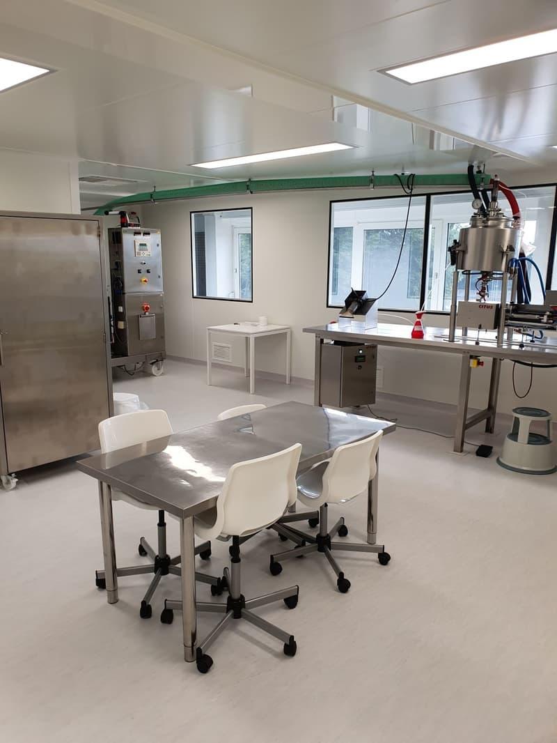 Laboratoire avec salle blanche ISO 8 à Bevaix (2)