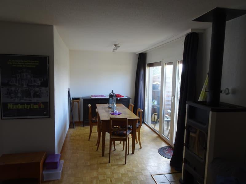 Gemütliche 3.5 Zimmer Wohnung in ruhigem Quartier (2)
