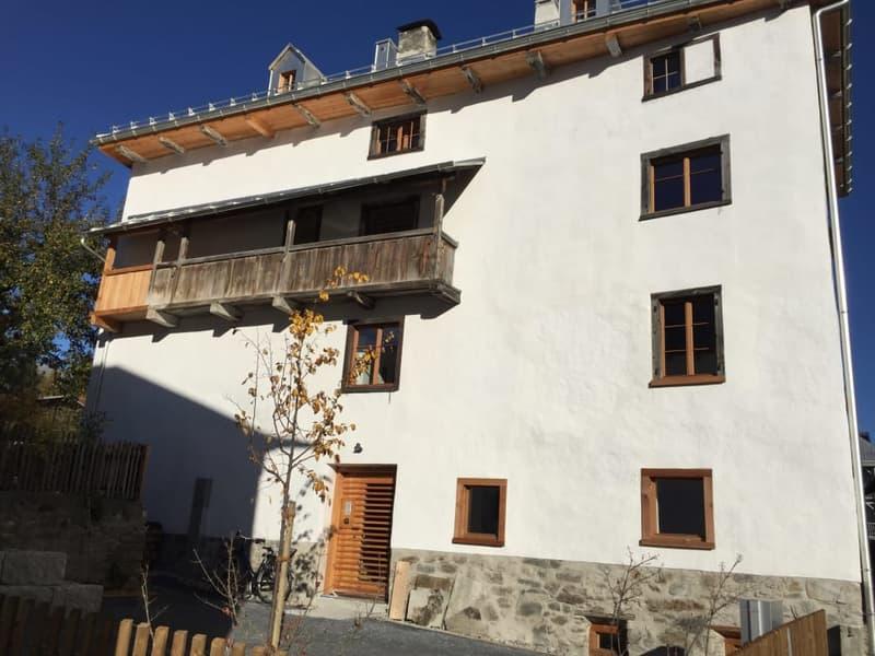 Sonnige 3-Zimmer-Wohnung mit Aussicht nahe Ilanz/Flims (1)