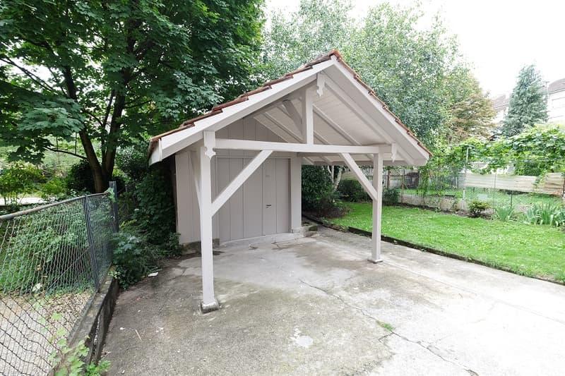 Praktische Werkstatt mit Strom, WC und eigenem Briefkasten zu vermieten (1)