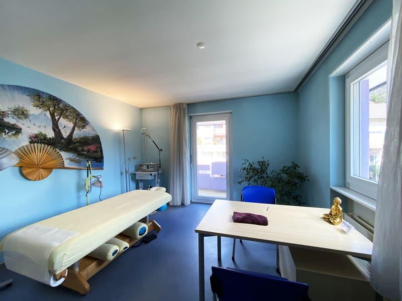 Obergeschoss / 5.5-Zimmer-Wohnung (neu: Praxis links)