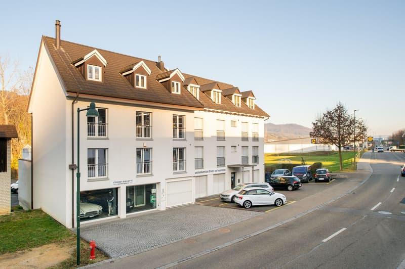 Wohn- und Geschäftshaus mit Autohalle (1)