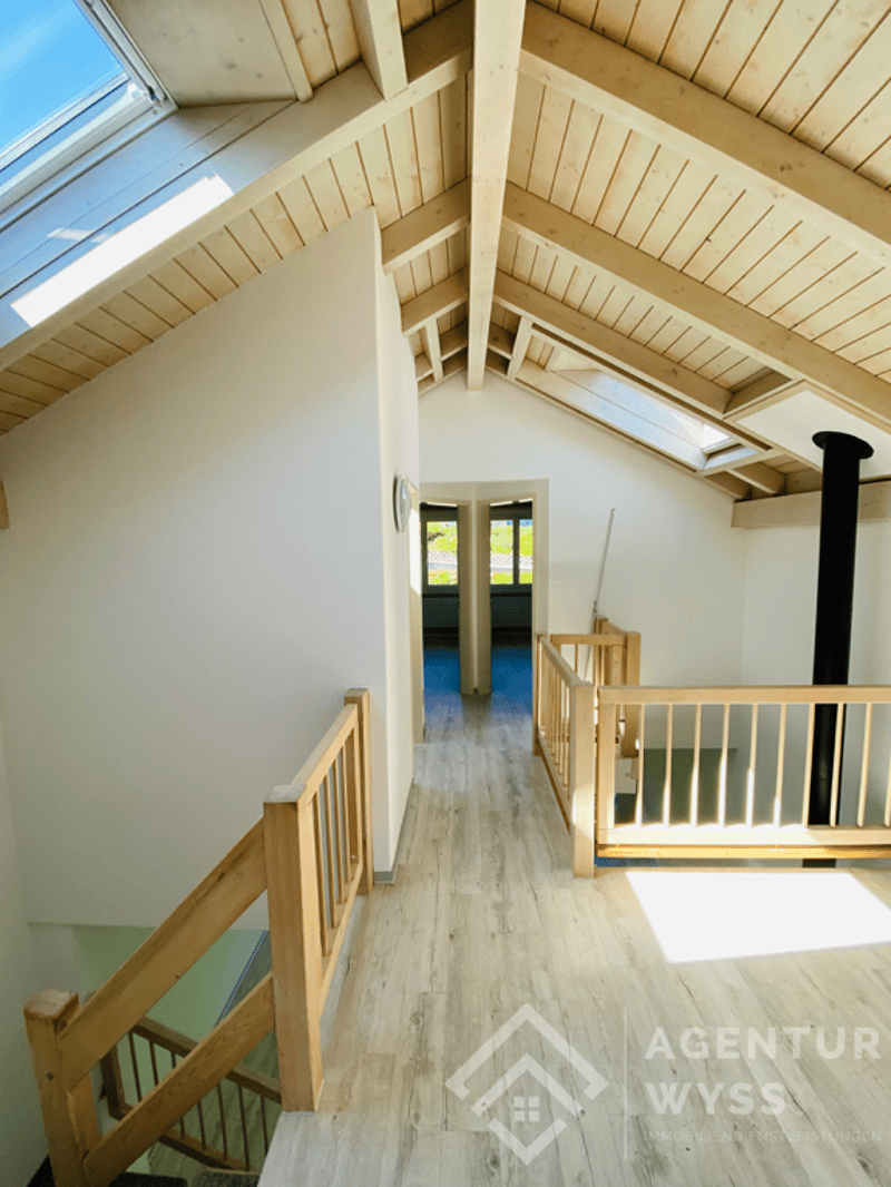 Agentur Wyss AG: Attraktives Eckhaus mit Studiowohnung & Garten (11)