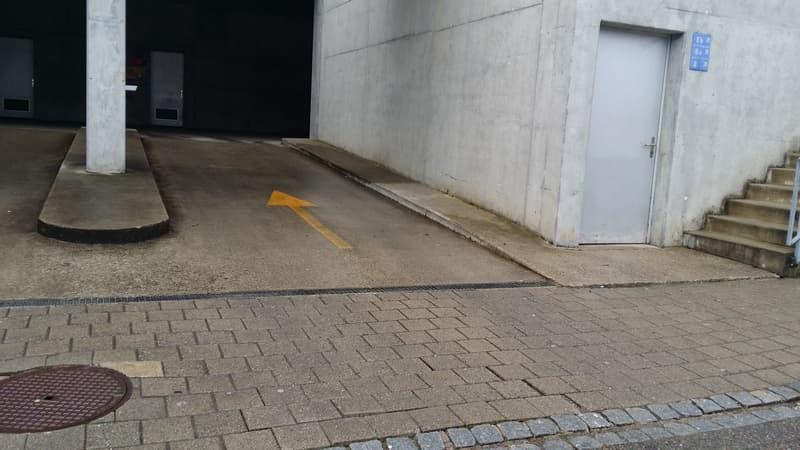 Tiefgaragenparkplatz Nr. 175 (1)