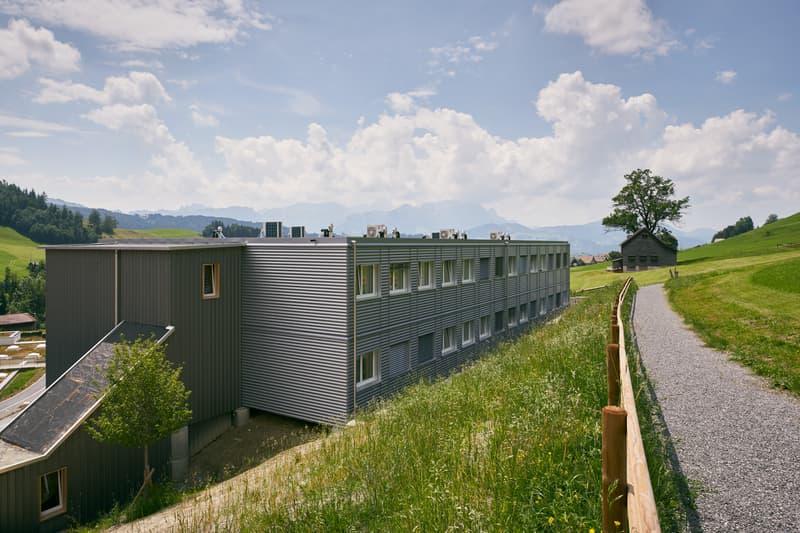 Bâtiment - 28 chambres avec salle de bain (1)