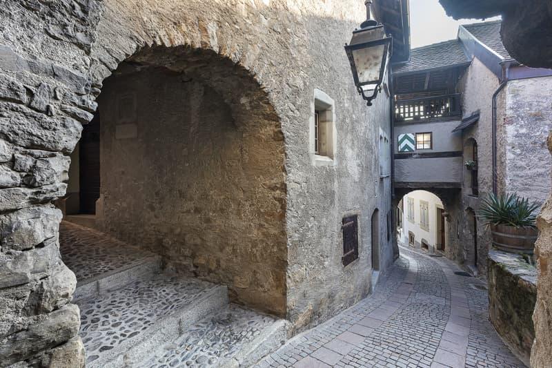 En exclusivité! Magnifique maison villageoise, un joyau historique (11)