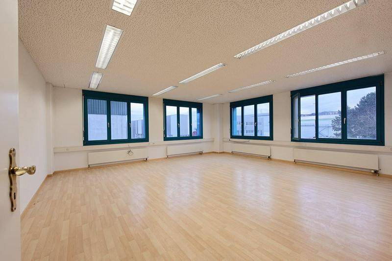 Optimale Büroflächen in Grenznähe ab 30.5m2 (2)