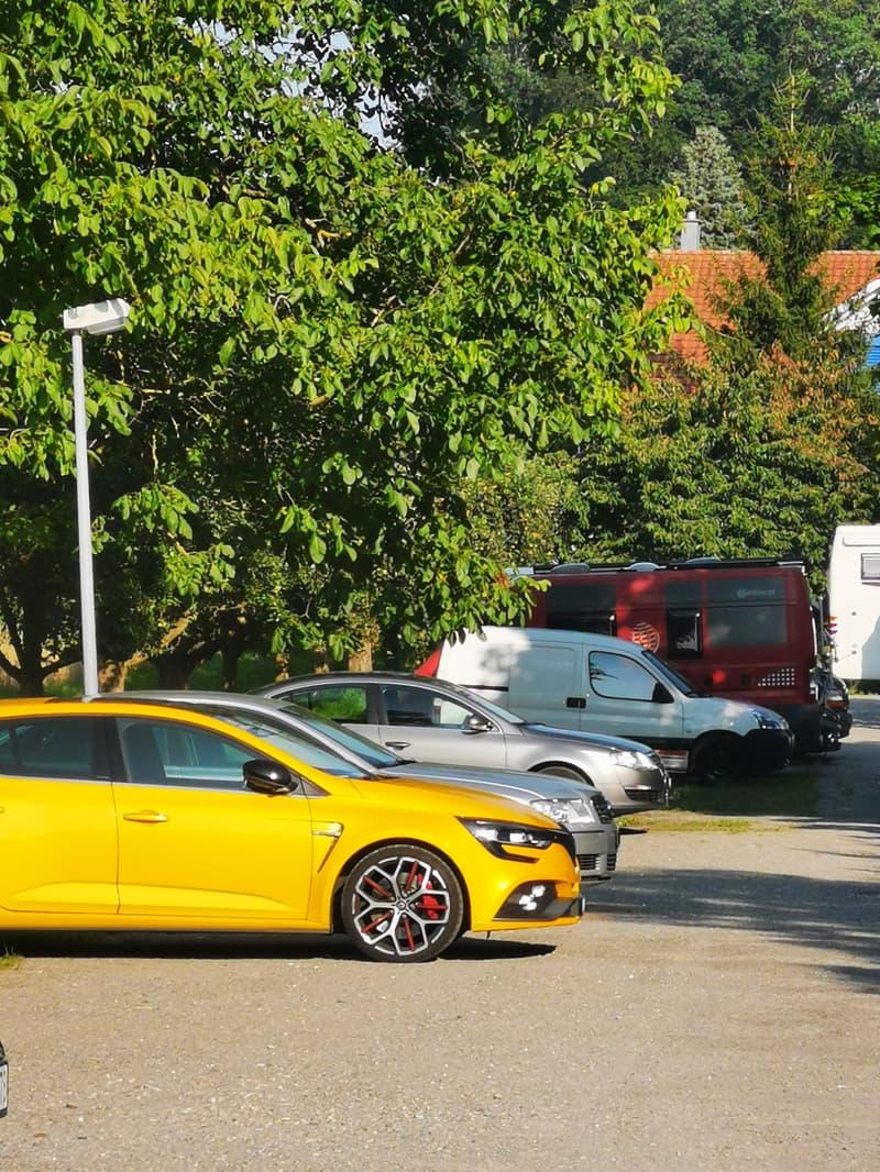 Parkplatz für Ihr Auto (1)