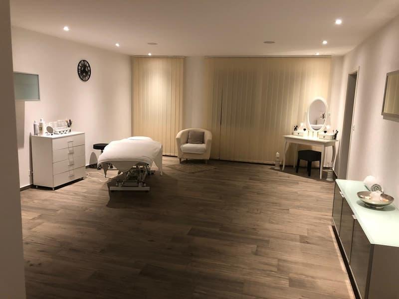 Kosmetik Atelier / Coiffeurstudio (1)