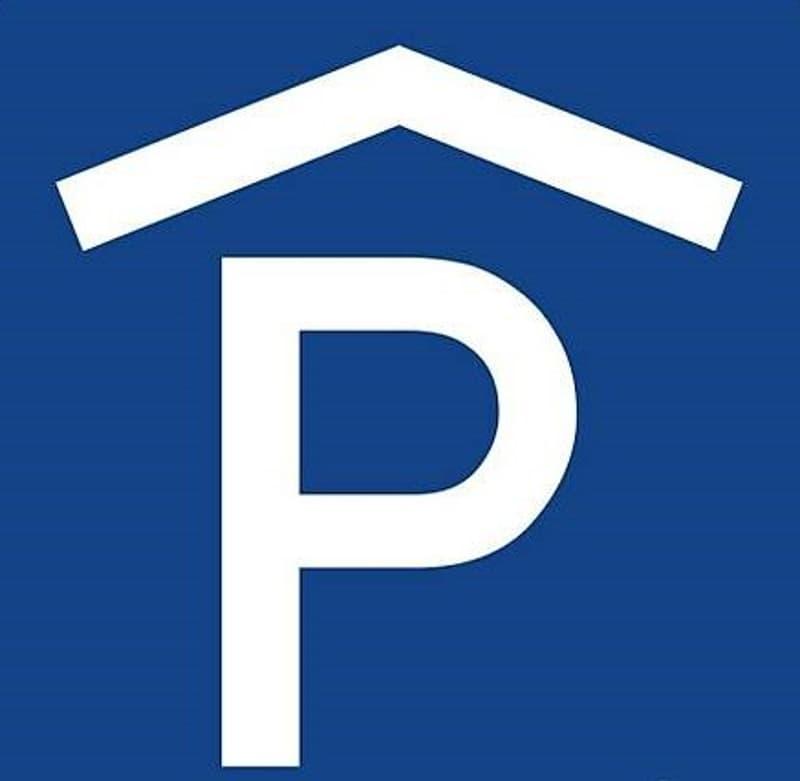 Abstellplatz in Einstellhalle per sofort oder nach Vereinbarung (1)