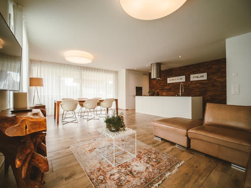 Luxuriös & grosszügig: 5.5-Zi-Wohnung am Stadtrand von Weinfelden (2)