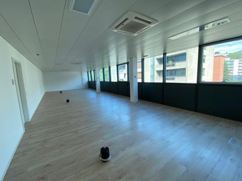 Mendrisiotto : nuovo luminoso ufficio immediato autostrada (3)