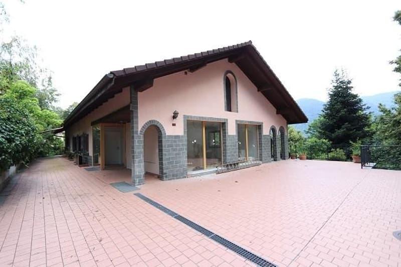 grosses 2-Fam-Landhaus mit Stuio an idyllischer Lage / casa bifamiliare con studio nella natura (1)