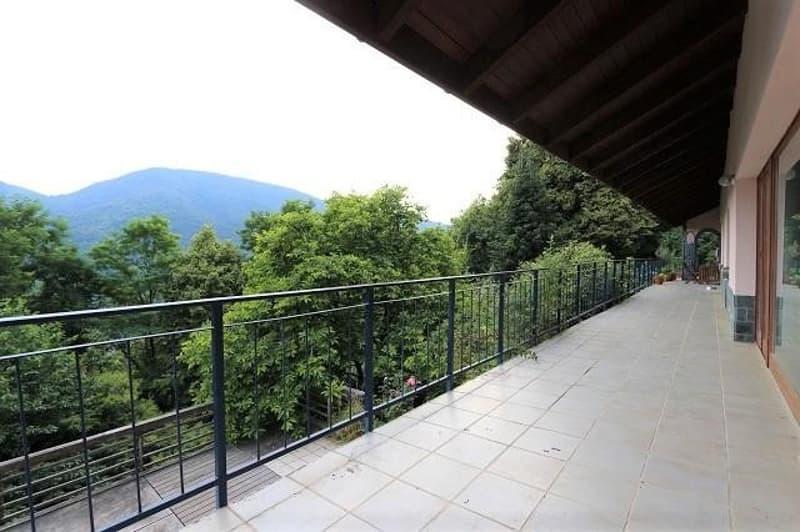 grosses 2-Fam-Landhaus mit Stuio an idyllischer Lage / casa bifamiliare con studio nella natura (2)