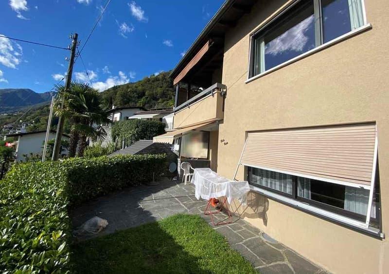 2 1/2-Zimmer-Gartenwohnung mit Seeblick / appartamento di 2 1/2 locali PT con vista panoramica sul lago (13)
