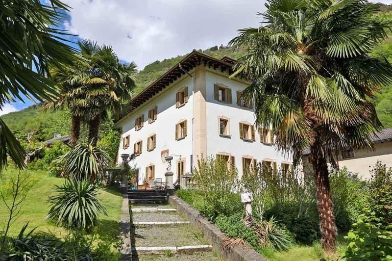 schöne 5 1/2-Zimmer-Duplex-Wohnung mit grossem Garten / bell'appartamento duplex di 5 1/2 locali con giardino (1)