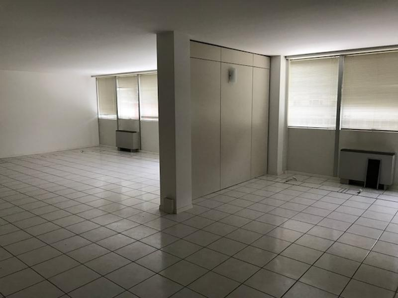 Affittasi spazi adibiti ad ufficio di varie metrature - Contone (4)