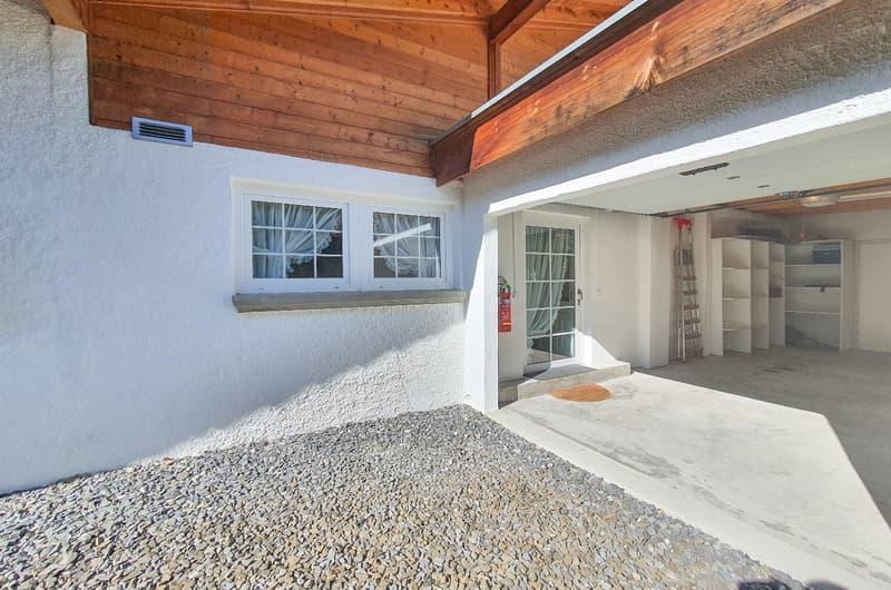 Einfamilienhaus mit Gartenanlage (2)