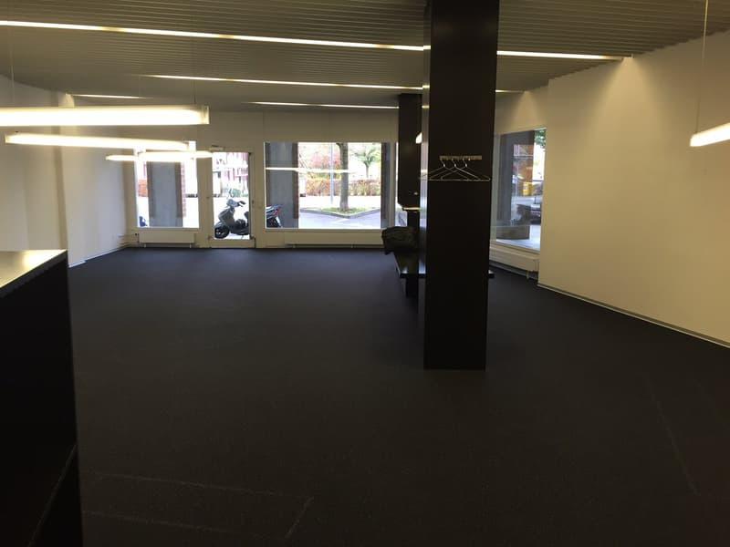 Büroraum (Ansicht 1)