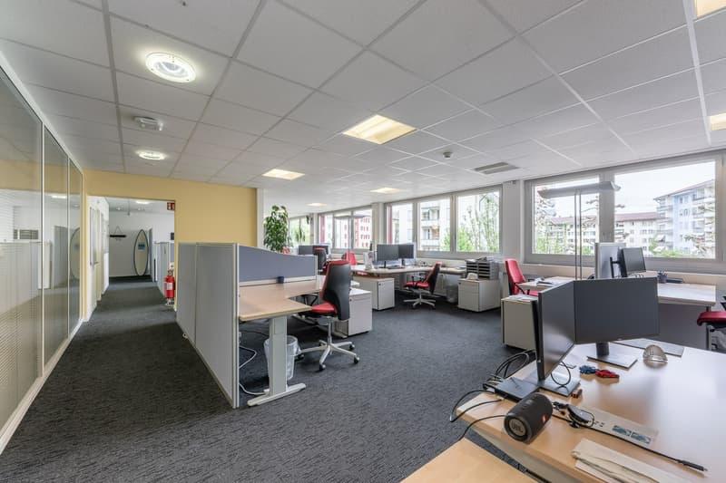 3 Monate gratis! ca. 673 m² ausgebaute Büroflächen im Zentrum von Ostermundigen (2)