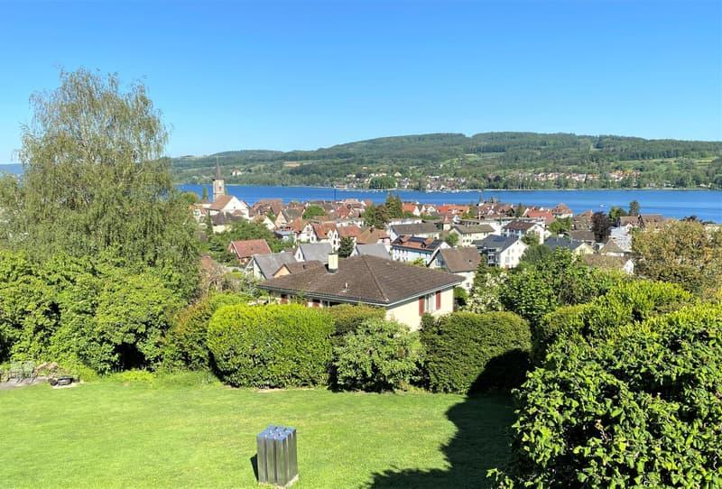 Wunderschöne Villa an idealer Lage mit unverbaubarer Seesicht und viel Privatsphäre (2)