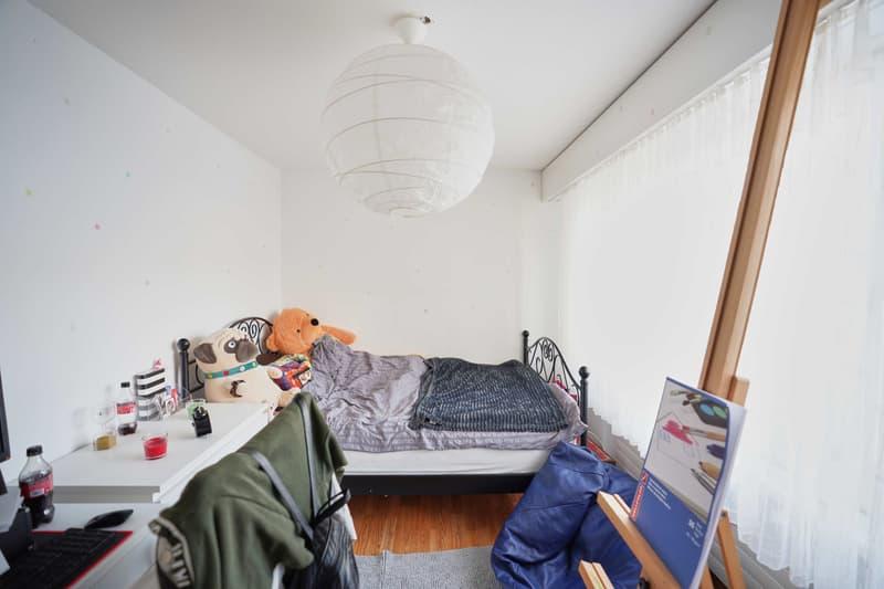 Arbeits-/Schlafzimmer