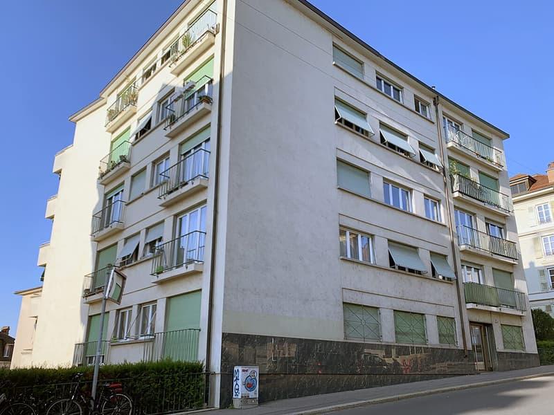 Magnifique appartement de 2.5 pièces rénovés à saisir ! (1)