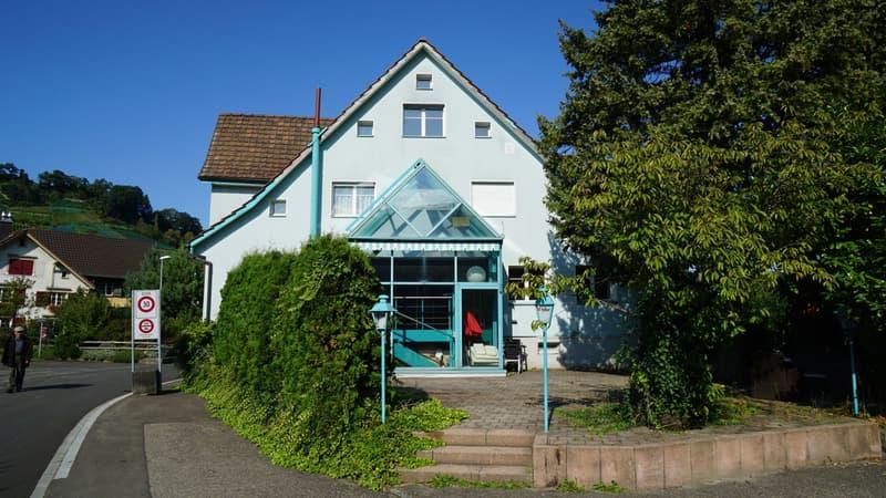 Mehrfamilienhaus mit Um- und Ausbaupotenzial (1)
