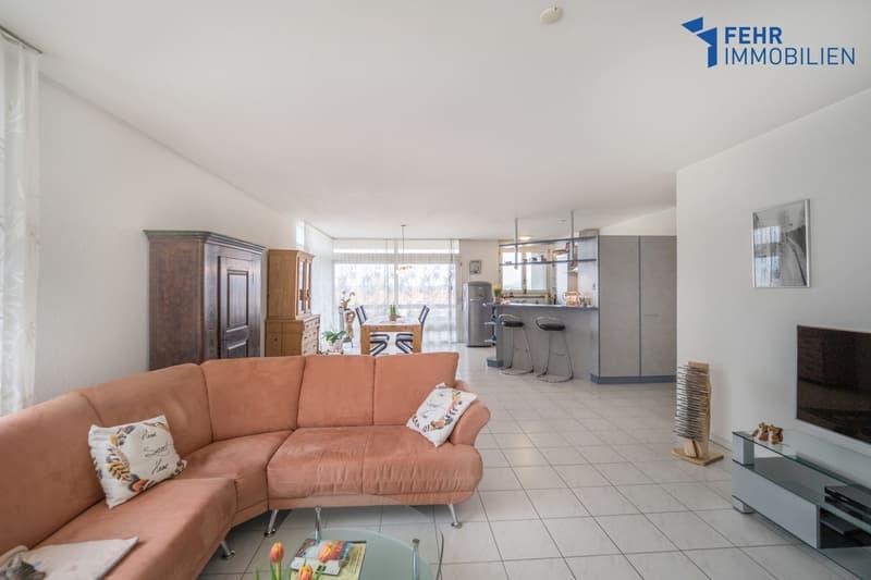 Fehr Immobilien - Komfortable 4.5-Zimmer-Wohnung (2)