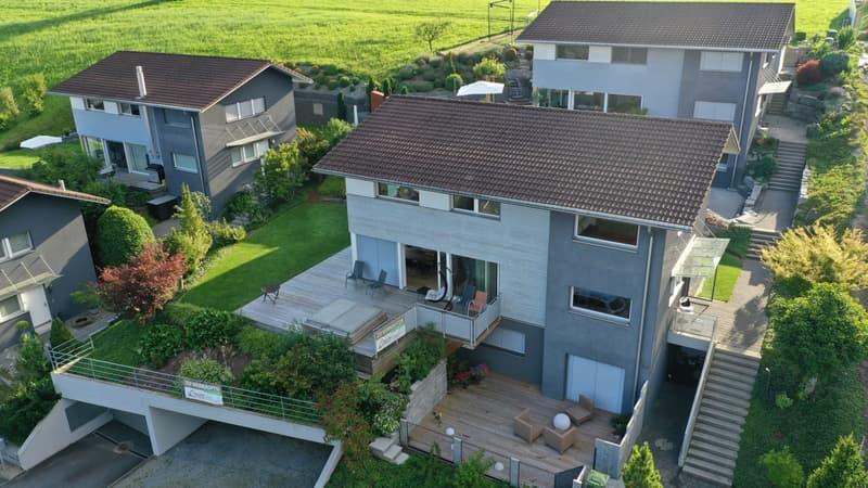 RESERVIERT: Exkl. sehr gepflegtes freistehendes Einfamilienhaus mit hoher Qualität (2)