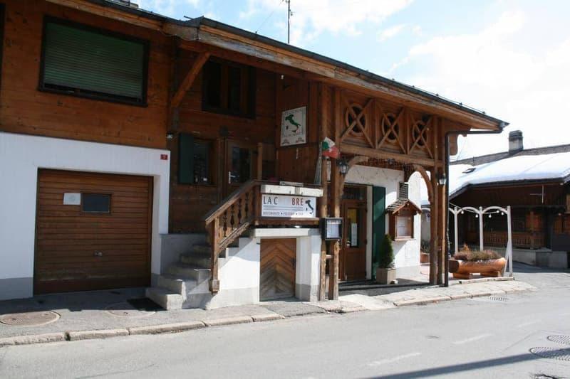 Immeuble locatif avec restaurant et 4 appartements à Leysin (3)