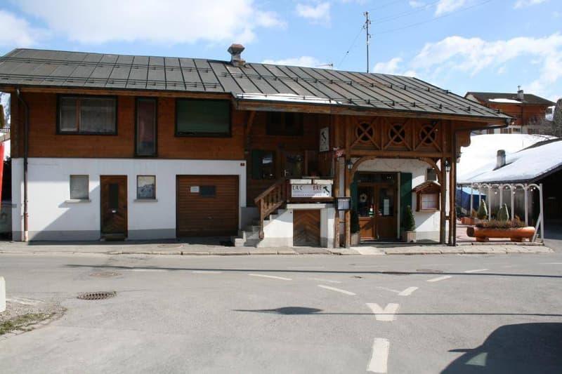 Immeuble locatif avec restaurant et 4 appartements à Leysin (2)
