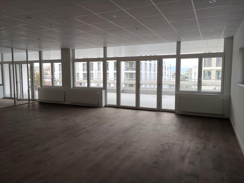 Surface commerciale / bureaux d'env. 125 m² (2)
