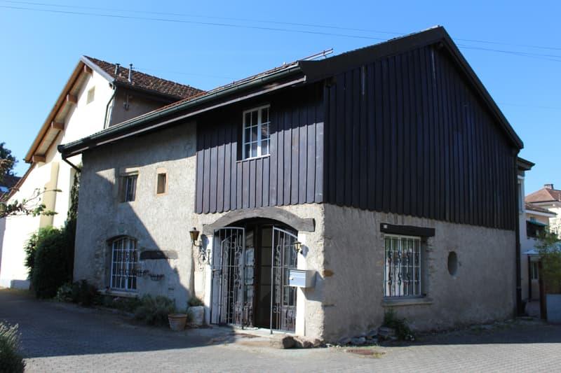A louer authentique maison villageoise à Lavigny (1)
